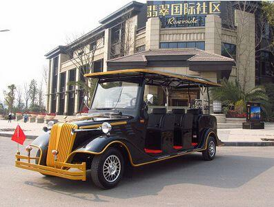 朗逸为翡翠国际社区提供了6座电动老爷车(劳斯莱斯款)