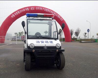 朗逸电动车参加2014武汉警用装备展览会